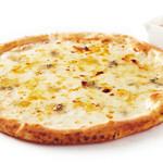 ■ 4種チーズのピッツァ ~ハチミツ付~