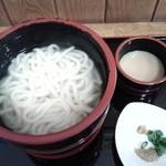 味彩さざんか - 料理写真:釜揚げうどん400円