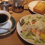 こんどう珈琲 - モーニング@+200円くらいでさっぷりサラダが付きます(2014.5)