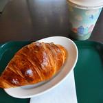プロント - クロワッサンモーニング+カフェオレ