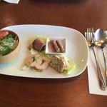 キャラン - サラダと前菜