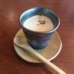 キャラン - ジャガイモと干しいたけのスープ