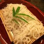 加賀上杉 - 真っ白なお蕎麦です