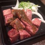 お好み焼本舗 - 料理写真:ガーリックだれ