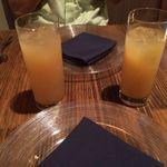 BISTRO FAVORI - 白桃のジュース ラフランスのジュース
