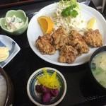 仲よし - とり唐定食 (お昼限)