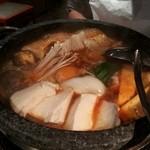 炭火焼肉とうがらし - チゲ鍋