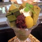 甘味茶屋 - 茶屋パフェ720円