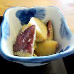 田中屋 - さつま芋の炊きもの