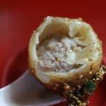 小陽生煎饅頭屋 - 中身は豚肉たっぷり