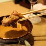 月亭 - ゴマダレにつけて食べる