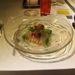 リラック スリゾート ホテル - 料理写真:真鯛のカルパッチョに地鶏野菜をあしらって