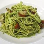 サルヴァトーレ クオモ - バジルとソーセージのスパゲティ