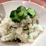 露菴 - 境港産鯵と野沢菜の混ぜご飯と漬物