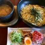 博多ラーメン 極麺うまか - 松阪牛石焼つけ麺1,200円 麺大盛り無料 牛しぐれおにぎり付き