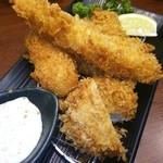 新宿さぼてん - ロースかつ、ヒレかつ、エビフライ、カニクリームコロッケのさぼてん定食♡