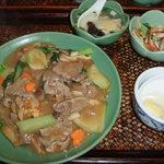 アジアンキッチン サワディー - 【ランチ】牛肉のあんかけ醤油焼きそばセット