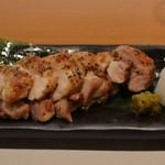酒菜 ねむ太郎 - 鶏の岩塩焼