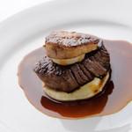 Restaurant27 - 料理写真:牛ヒレ肉のステーキフォアグラ添え マデラソース