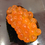 魚力寿司 - いくら 162円