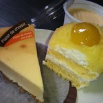 小間屋明照堂 - 2014.5ver ①左側から:ベイクドチーズケーキ(確か)¥280、モンブラン¥260、なめらかプリン¥152