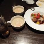 上海廊 - フカヒレ入り卵白スープ