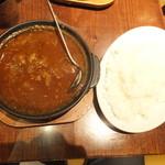 ホットスプーン - 肉2倍の牛すじ煮込みカレー ルー大盛り・ごはん中盛り