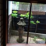 28408600 - 個室の中庭