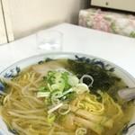 美珍楼 - 塩ラーメン 500円