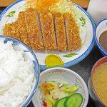 とんかつがってん - 料理写真:味噌カツ定食820円