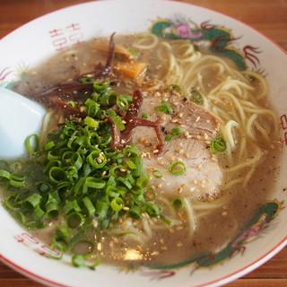 まるいちラーメン - 料理写真:豚骨ラーメン