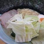 吉田家 - 塩ラーメン+のり 750+100