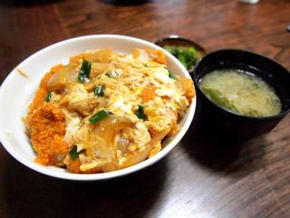 明石食堂 - カツ丼 700円