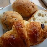 ルフラン - おかわり自由なパン