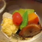 日本料理 太月 - 26年6月 冷し鉢 冬瓜、トマト、栗南瓜、穴子黄味揚げ、蛸柔らか煮、白だつ
