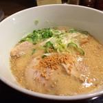 とんこつらぁ麺-CHABUTON-  - ちゃぶとんチャーシュー麺(1,030円)