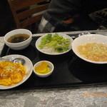 中華 まるちょ~ - 小皿定食 2014/3 800円