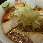坂内 - つるつる細麺(喜多方定番の太麺にもできます)