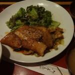 創作家庭料理 楽 - 料理写真:豚コチュジャン焼肉:800円