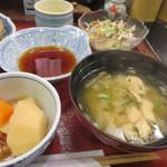 28433921 - 煮物、サラダ、茶碗蒸し、味噌汁