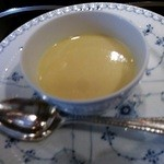 横浜うかい亭 - トウモロコシのスープ 娘用単品。