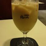 喫茶室ルノアール - アイス黒蜜ミルク:648円
