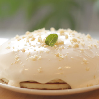 大人気のもっちり生地のハワイアンパンケーキも絶賛販売中!
