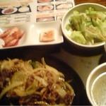 韓豚めぐり - プルコギ定食(780円)