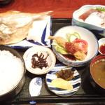 味処 天裕 - お昼の、おすすめ定食