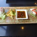 28455015 - 彩り野菜のサムギョプサル定食の前菜その2