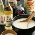 韓二郎 - マッコリやヨンサマなどの珍しい韓国酒もあります。
