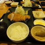 28459906 - 芋豚とんかつ上定食1600円