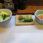 28463087 - 小鉢、お新香、サラダ