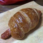 ポンパドウル - 料理写真:「フランクバー」250円